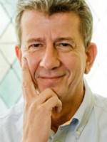 Dr med Nikolaus Peter Hoellen