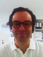 Dr med Sacha Schwarzer
