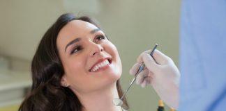 Karies Zahn Erkrankung kann durch gute Mundhygiene vorgebeugt werden